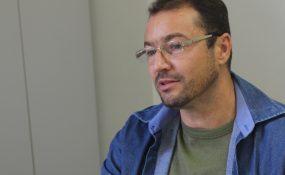 Professor Carlos Villani incentiva a participação de alunos nas Olimpíadas de Astronomia
